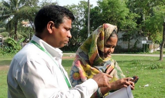 SPRING/Bangladesh staff collect coordinates