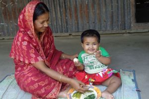 Photo of complementary feeding by FNS beneficiary at Ramchandropur FNS, Narail Sadar