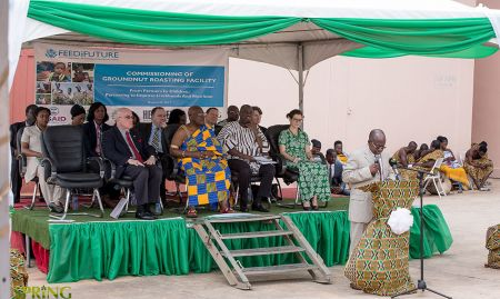 Regional Minister for Ashanti, Hon. Simon Osei-Mensah, delivering his address. On the dais behind him, in front row (L – R): the US Ambassador to Ghana, H.E. Robert P. Jackson; the Royal Adontenhene (Representative of the Ashanti King, The Otumfuo); Minister for Business Develoment, Hon. Ibrahim Awal Mohammed; and Director of PPB, Ms. Carly Edwards.