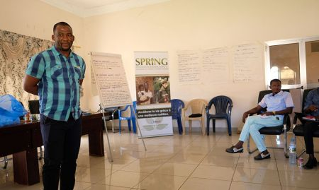Mamadou Hady Diallo, SPRING/Guinea Technical Director, introduces the workshop.