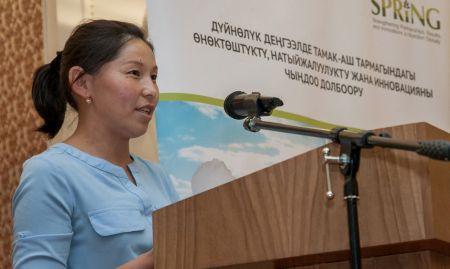 Turukuianova Gulszat of Ozgorush village, Toktogul rayon, Jalalabad oblast, shares her experience overcoming anemia at the Bishkek event.