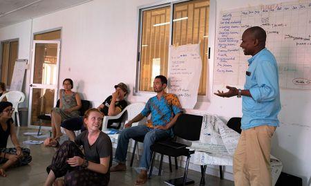 SPRING consultant, Abdoul, explains the seasonal calendar exercise.