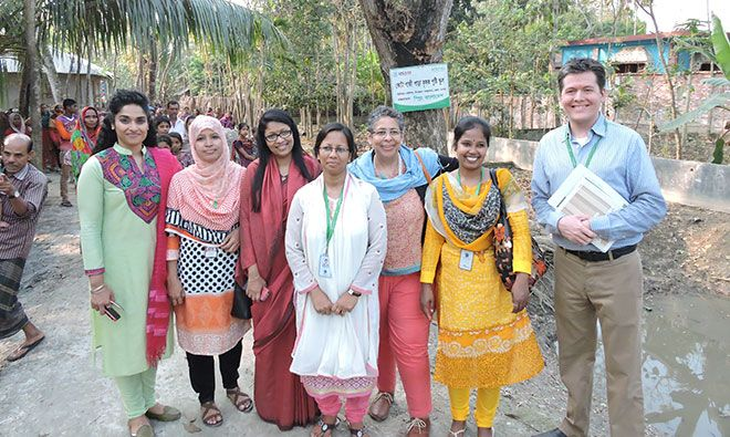 Participants in the SPRING/Bangladesh visit