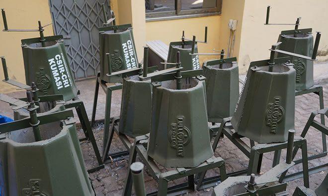 Groundnut shellers