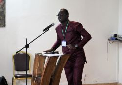 SPRING/Senegal SBCC advisor Albert Yera Boubane was the MC at the Kaolack close-out ceremony.