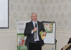 Michael Foley, SPRING/Kyrgyz Republic Chief of Party, discusses the new publication for home-based storage and preservation of nutritious foods in the Kyrgyz Republic.