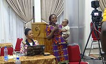 A caregiver sharing her experience on how she successfully exclusively breastfed her twins.