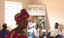 Photo of community volunteers participate in an ENA/EHA training Koro (May 2015)